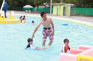 東愛知新聞2013年6月30日取材記事より「豊橋市民プール」